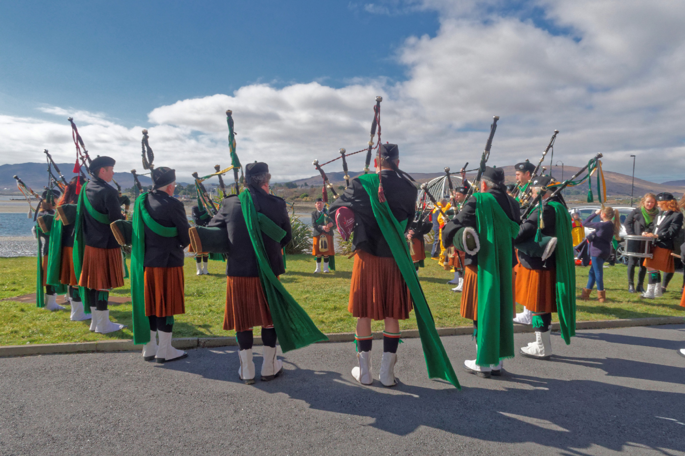 20160320124106-ie-achill-sound_parade-_DxO_13in_DxO96