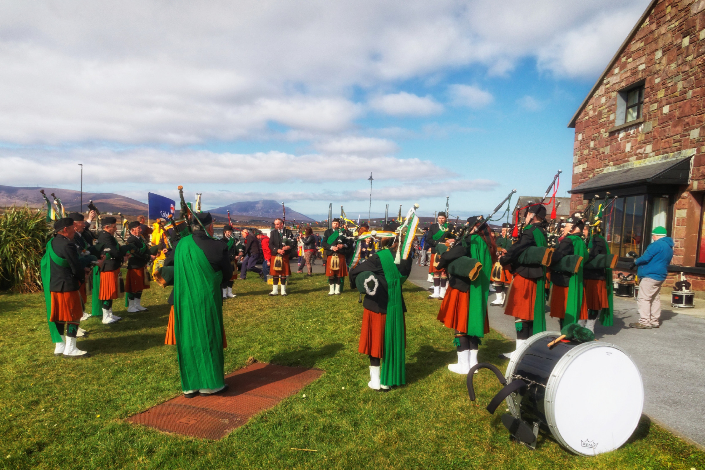 20160320124520-ie-achill-sound_parade-_DxO_13in_DxO96