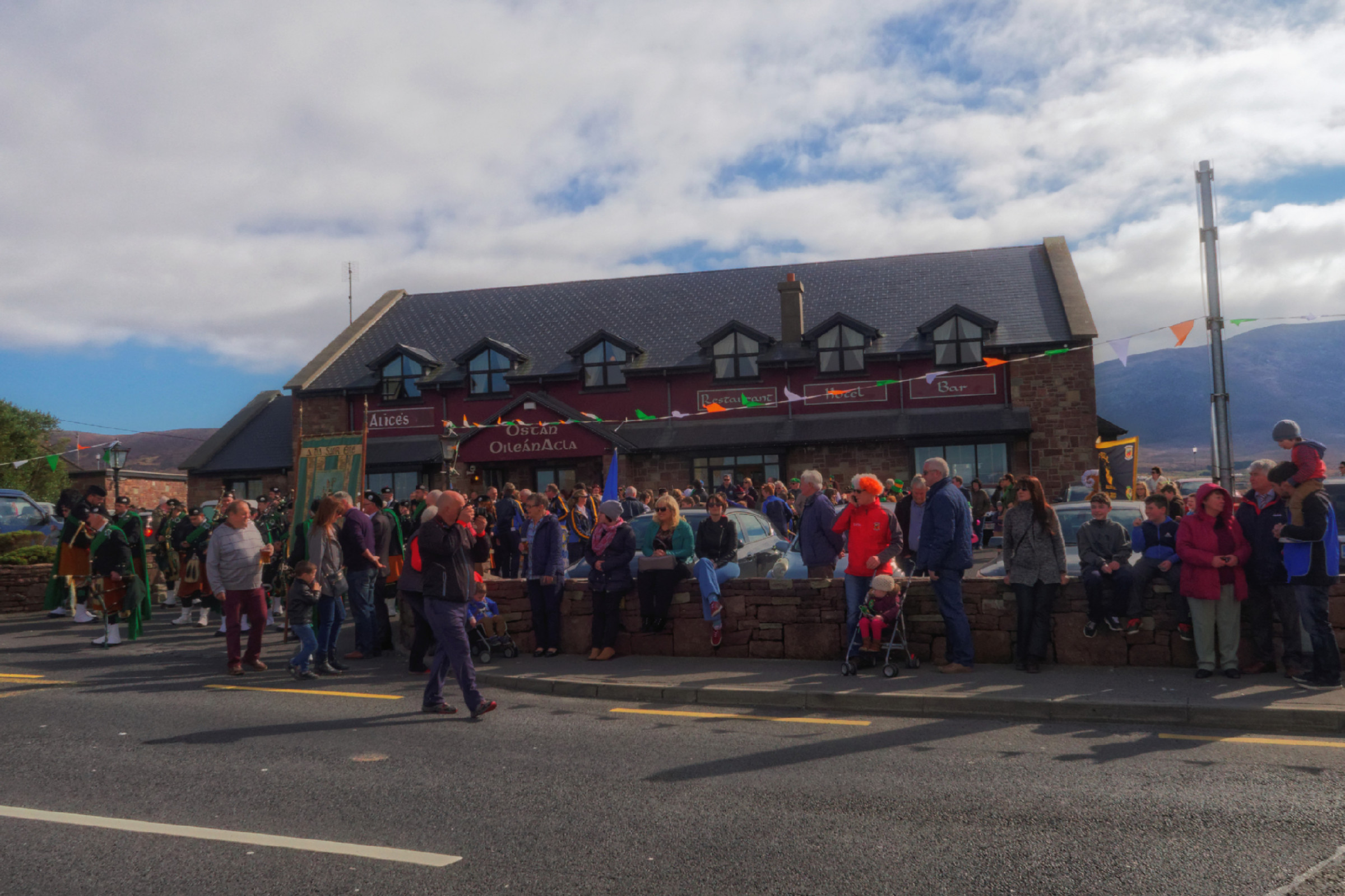 20160320125040-ie-achill-sound_parade-_DxO_13in_DxO96