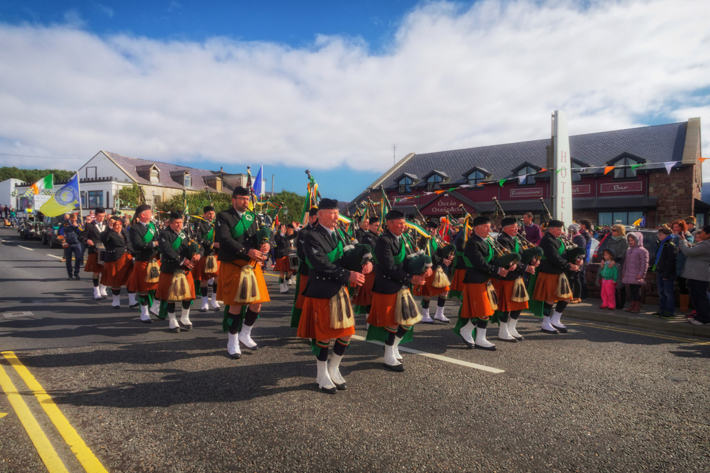 20160320125621-ie-achill-sound_parade-_DxO_13in_DxO96