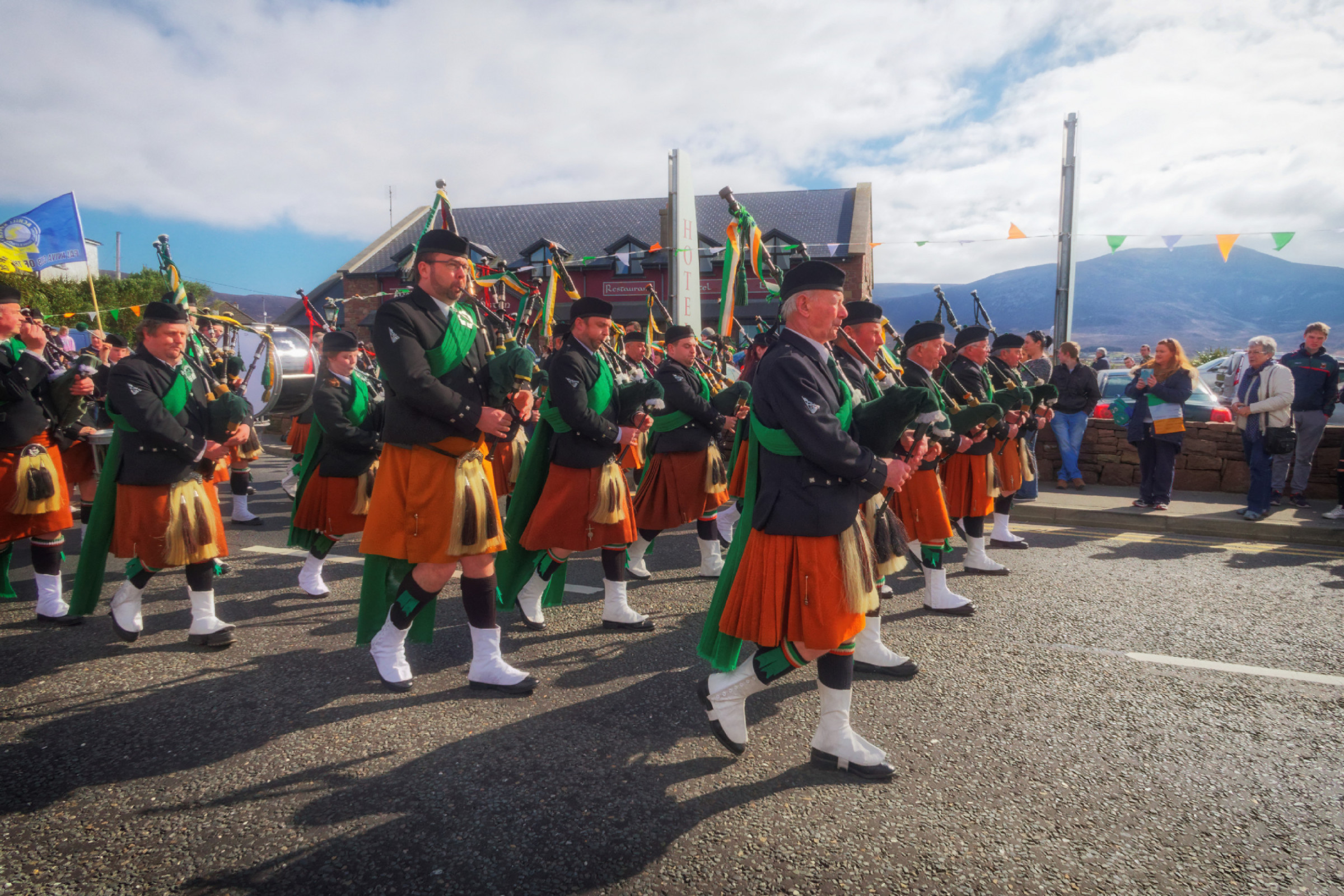 20160320125624-ie-achill-sound_parade-_DxO_13in_DxO96