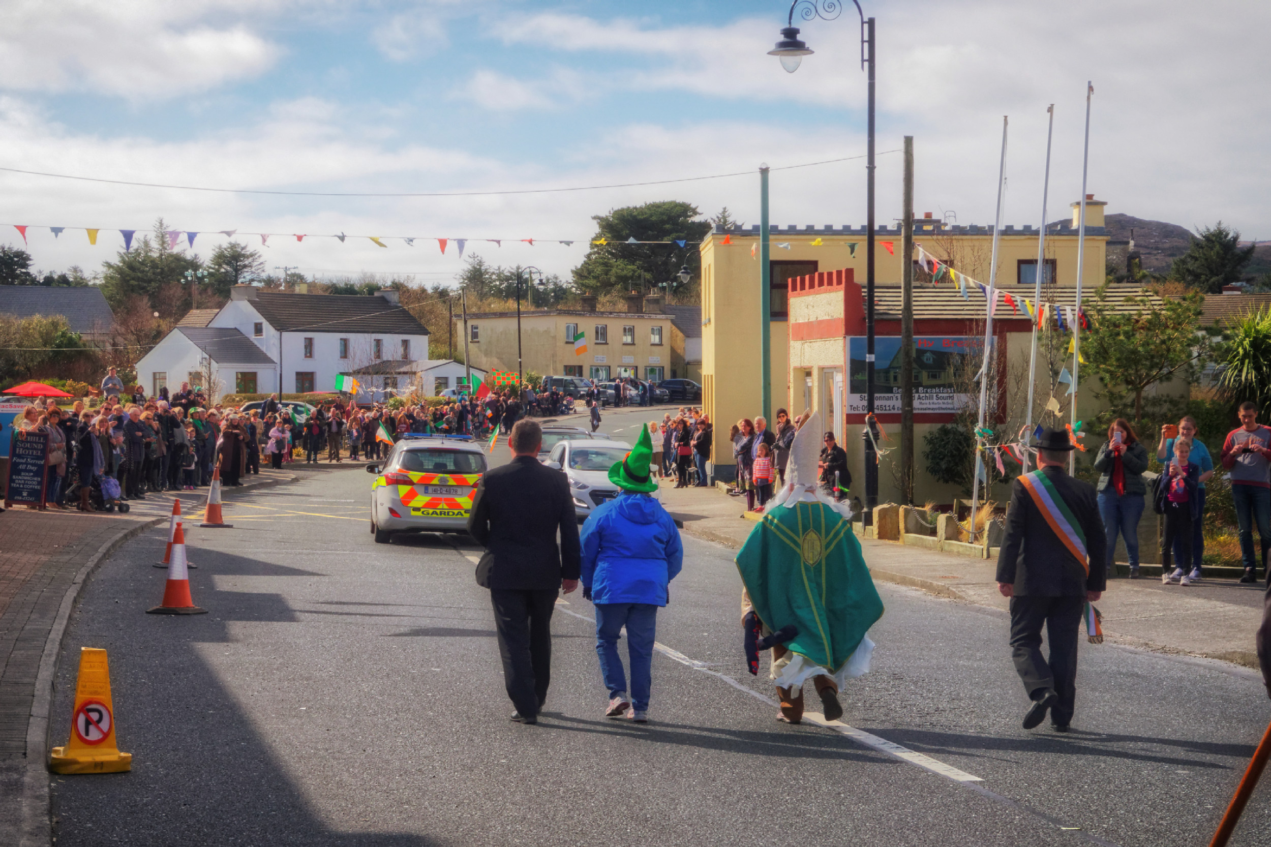 20160320130521-ie-achill-sound_parade-_DxO_13in_DxO96