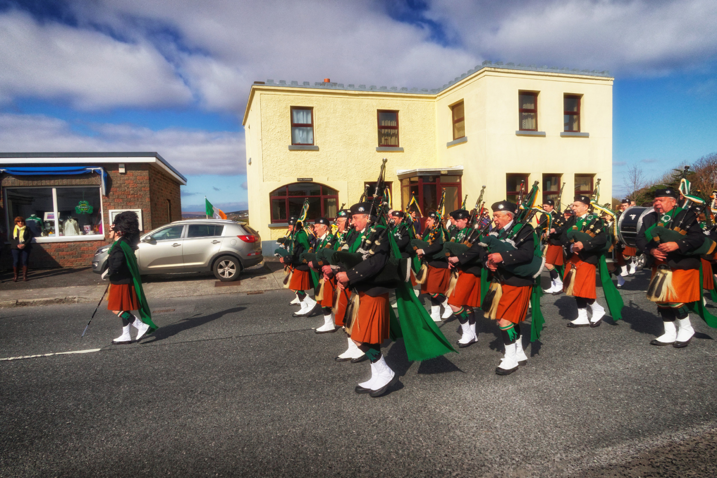 20160320130643-ie-achill-sound_parade-_DxO_13in_DxO96