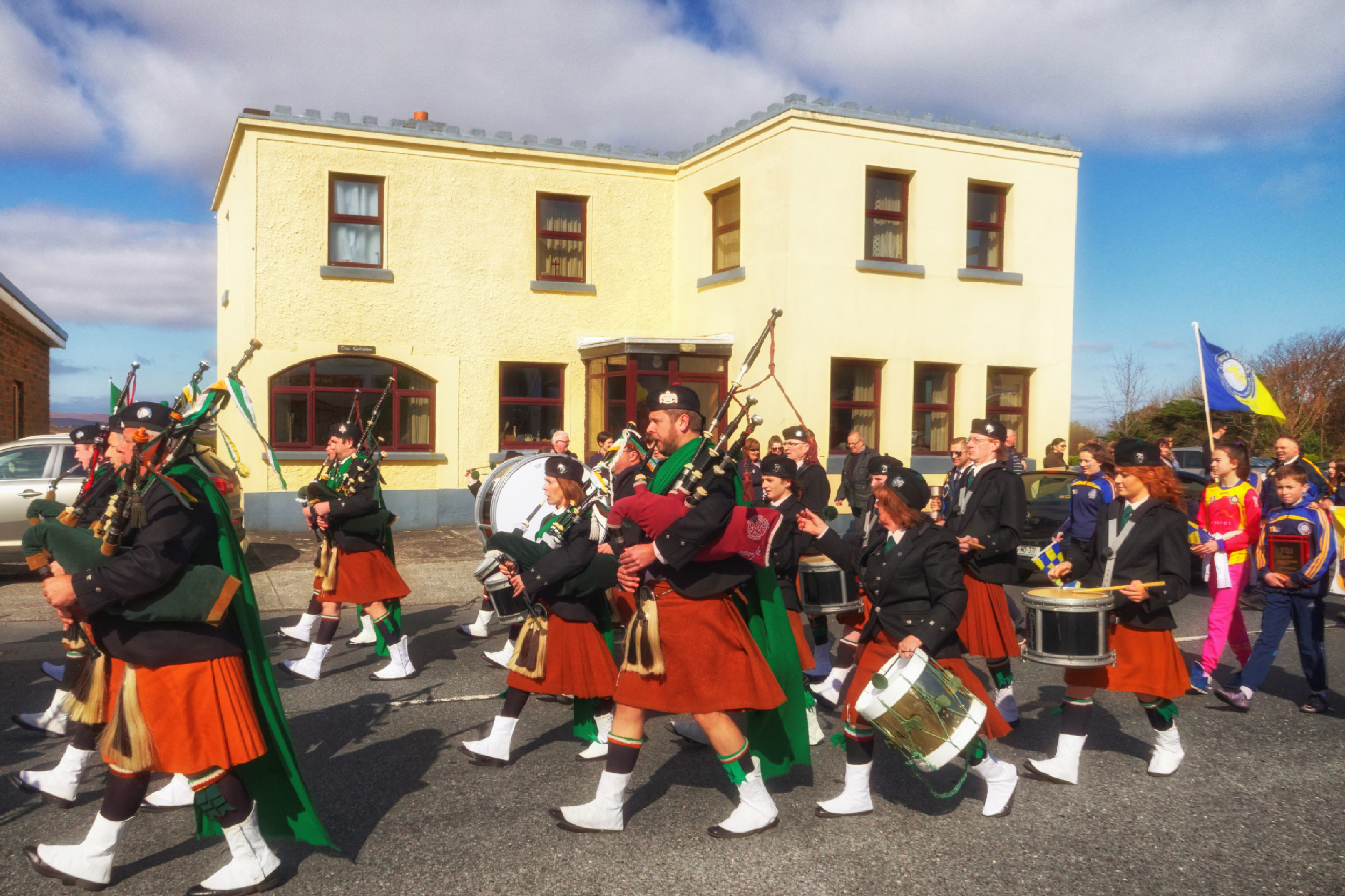 20160320130648-ie-achill-sound_parade-_DxO_13in_DxO96