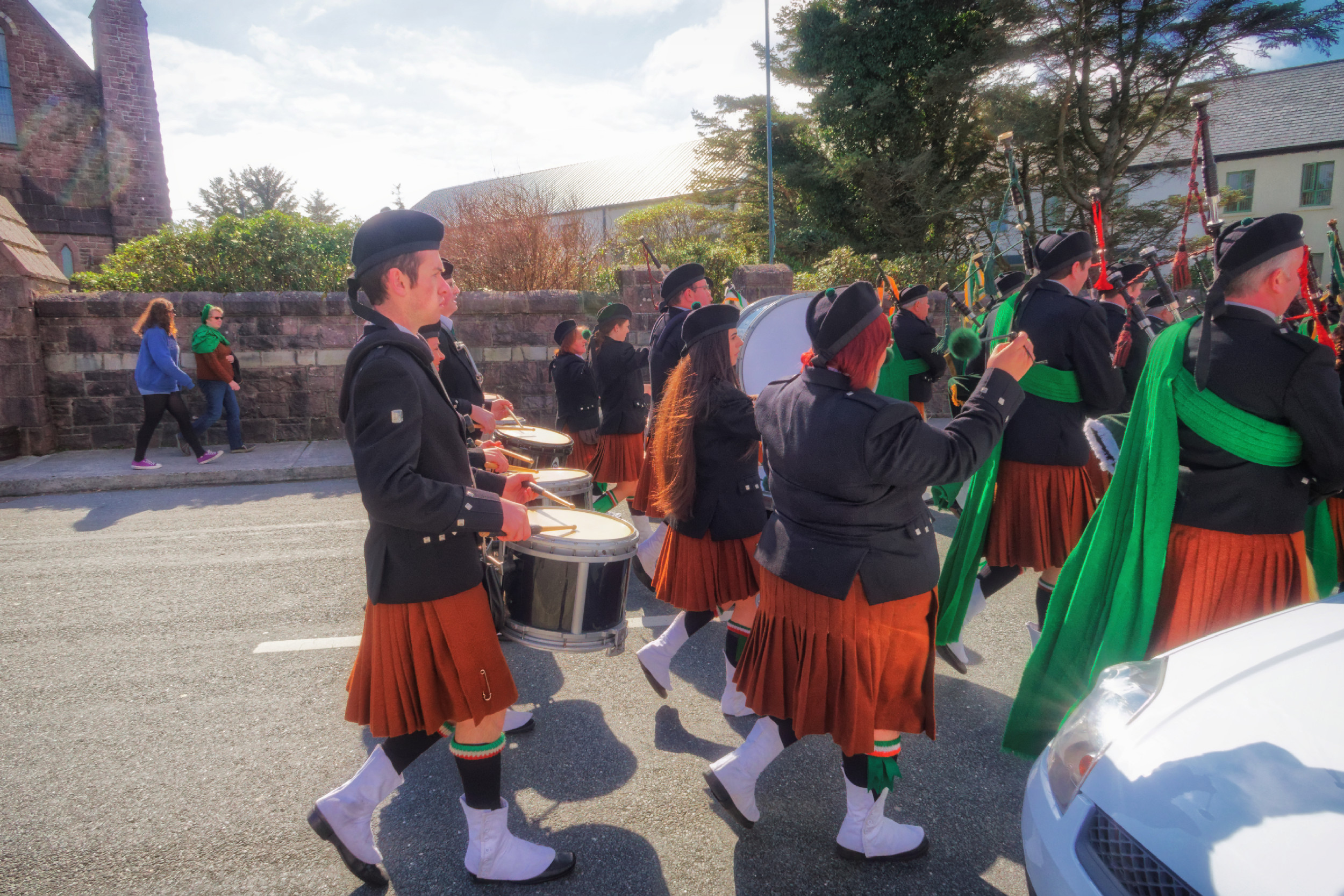 20160320131105-ie-achill-sound_parade-_DxO_13in_DxO96