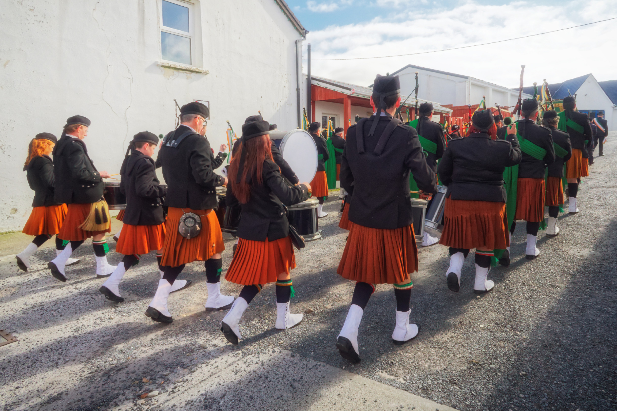 20160320131308-ie-achill-sound_parade-_DxO_13in_DxO96