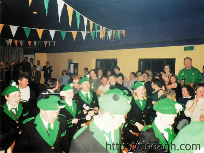 20000318-023-ie-achill-band_dance-marching_in-w