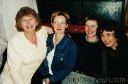 20000318-025-ie-achill-band_dance-mum_alona_martin_annette-w