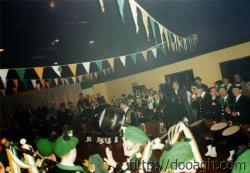 20000318-042-ie-achill-band_dance-upper_hall-w