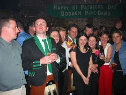 ie20030317-achill-stpats-93-groupbanner-w