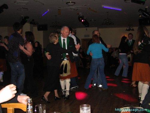 20050319-015-ie-achill-dooaghdance-waltzing-w