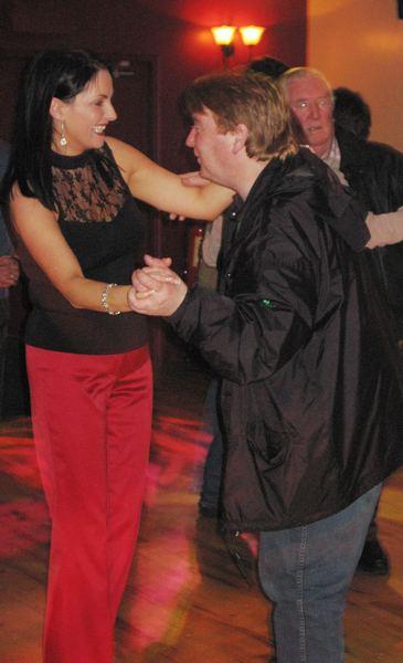 20070319-039-ie-achill-dooaghdance-mary_michael_john-w