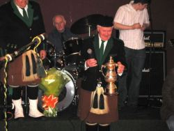 20070319-076-ie-achill-dooaghdance-got_the_cup-w