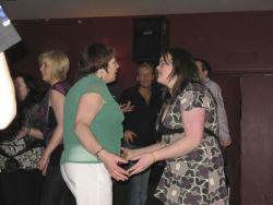 20080319035058-ie-achill-band_dance-feel_it-w
