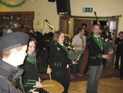 20080319050212-ie-achill-band_dance-last_tune_in_hall-w