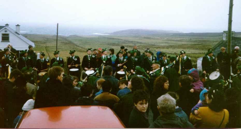 19970317-000-ie-achilll-stpatricksday-doo97waiting-w