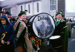 19970317-000-ie-achilll-stpatricksday-doo97drum-w