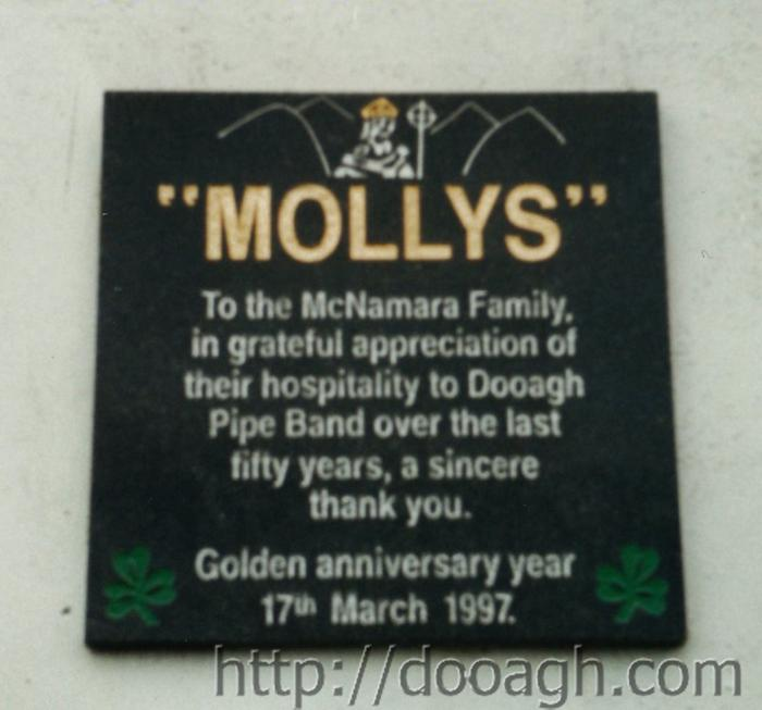 20000317-006-ie-achill-st_pats-mollys_sign-w