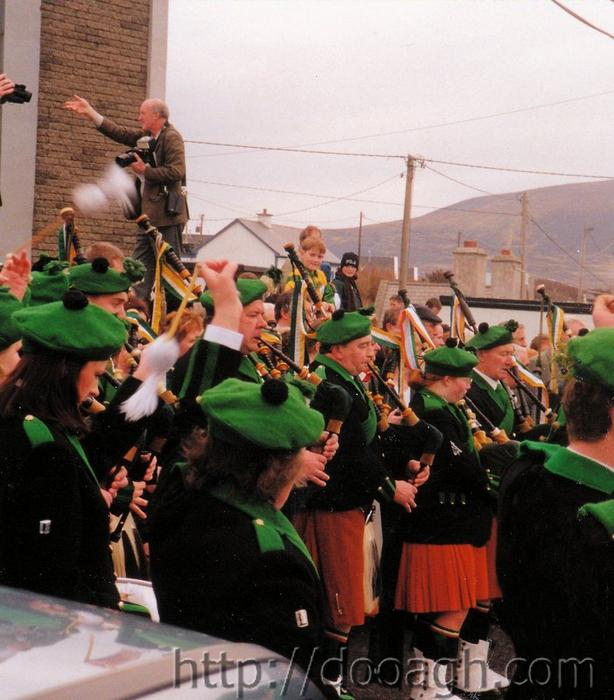 20000317-015-ie-achill-st_pats-church_play-w