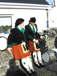 20040317-033-ie-achill-stpatricksday-girltalk-w