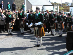 20040317-084-ie-achill-stpatricksday-major-w
