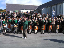 20040317-087-ie-achill-stpatricksday-oneshadow-w