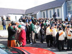 20040317-097-ie-achill-stpatricksday-wrapitup-w