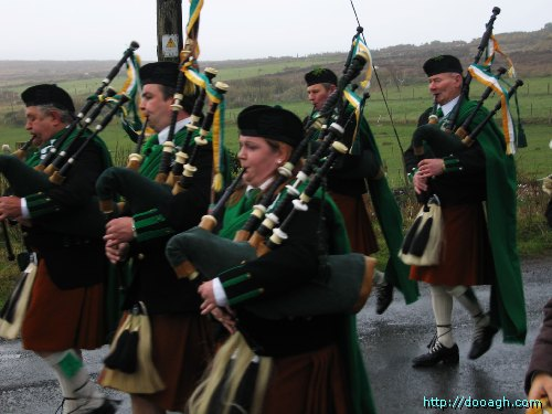 20050317-019-ie-achill-stpatricksday-blowhard-w