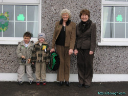 20050317-005-ie-achill-family-grand-w