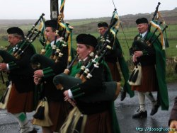 20050317-019-ie-achill-stpatricksday-blowhard-w