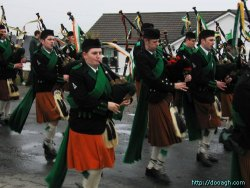 20050317-104-ie-achill-stpatricksday-marchonpipeon-w