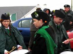 20070317-029-ie-achill-stpatsdayparade-holding_the_sticks-w