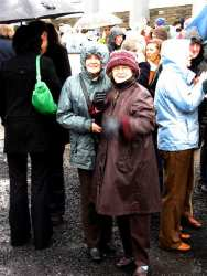 20070317-039-ie-achill-stpatsdayparade-look_over-w