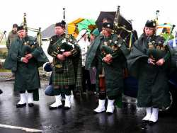 20070317-054-ie-achill-stpatsdayparade-odd_one_out-w