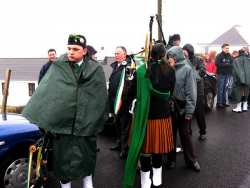 20070317-074-ie-achill-stpatsdayparade-breather-w