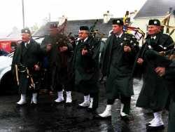 20070317-126-ie-achill-stpatsdayparade-standoff-w