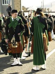 20080317102220-ie-achill-st_patricks_day-hand_in_pocket-w-s
