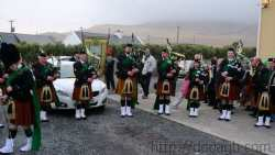 20100317165033-ie-achill-st_patricks_day-west_pipers-w