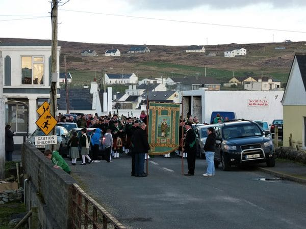 20110317174516-ie-achill-mary-stopped_at_lourdies-w