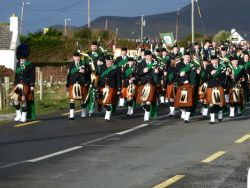 20110317090208-ie-achill-carolann-band_break-w