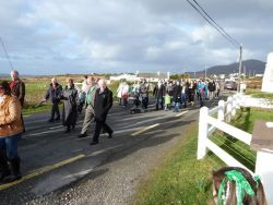 20110317090251-ie-achill-carolann-followers-w