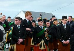 20110317102629-ie-achill-mary-waiting_game-w