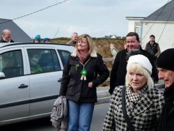 20110317103220-ie-achill-carolann-deirdre_james-w