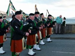 20110317174807-ie-achill-mary-front_blow-w