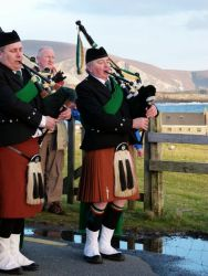 20110317181334-ie-achill-mary-brian_dad-w